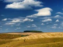 Осень живописное небо над рекой Стоковые Фотографии RF
