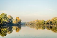 Осень на озере Стоковое Изображение