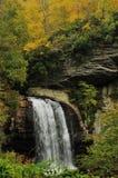 Осень на падениях зеркала Стоковое фото RF