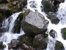 осень раньше сделала изображением гор горы приполюсный поток Стоковая Фотография