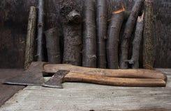 Оси таблицы Woodcutter Стоковое Изображение