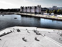 ОСЛО, НОРВЕГИЯ - 13-ОЕ СЕНТЯБРЯ: Гавань Осло Норвегии одна из привлекательностей Осло больших Расположенный на фьорд Осло в Осло, Стоковое Изображение