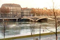 Осмотрите мост Уилсона в зиме на реке Роне Лионе Франции стоковое изображение rf