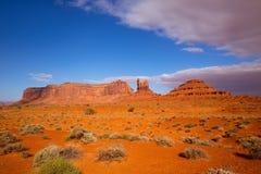 Осмотрите от дороги США 163 сценарной к долине Юте памятника Стоковые Изображения RF