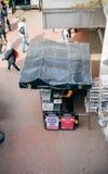 Осмотрите сверху Лондона выравнивая стандартный газетный киоск распределения Стоковое Фото