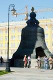 Основатели колокола 1733-1735 царя Москвы Кремля i et жара лета m Motorine стоковые фото