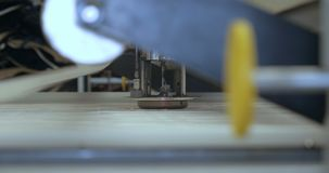 Особенный лазер режа ткань акции видеоматериалы