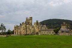 Особняк замка Margam готический стоковые фотографии rf