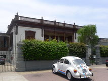 Особняк Barranco и жук 1300 Volkwagen Стоковое Изображение
