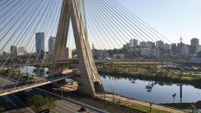Остали мост на Сан-Паулу, Бразилии стоковые изображения