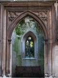 Остальные готические фасад и вход к саду стоковое фото rf