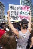 Остановите ненависть, расизм, козырь стоковая фотография rf