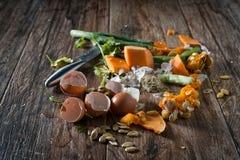 Остатки еды готовые для того чтобы изготовить компост Стоковые Изображения