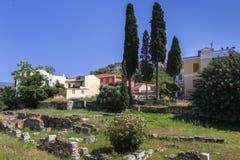 Остатки старых Афин и акрополя стоковое фото