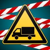 Остерегитесь автомобиля Предупредительный знак безопасности Стоковые Фото