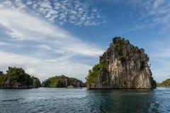 Острова известняка Ampat раджи, Индонезия Стоковое фото RF