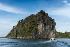 Острова известняка Ampat раджи, Индонезия Стоковые Изображения