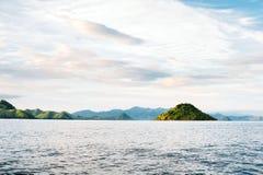 Острова национального парка Komodo в восточном Nusa Tenggara, Flores, Индонезии Стоковое Изображение RF