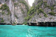 Острова на острове Phi-Phi курсируют, Таиланд Стоковые Фото