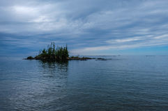 Остров в парке Lake Superior захолустном, Онтарио, Канаде Стоковое фото RF