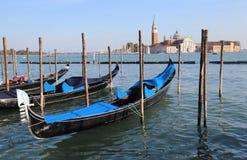 Остров гондол и Сан Giorgio Maggiore в Венеции, Италии стоковое фото rf