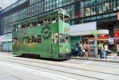 Остров Гонконга, Гонконг - 19-ое сентября 2009: трамвай 1904's Гонконга Стоковые Фото