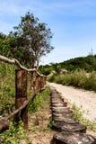 Остров Камбоджи джунгли дороги, деревянная загородка стоковые фотографии rf