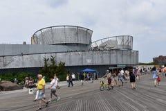Остров кролика Нью-Йорк здания выставки акул Стоковые Фото