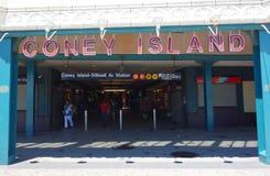 Остров кролика - станция метро бульвара Stillwell в острове кролика Стоковые Изображения
