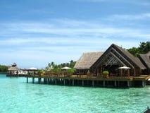 остров Мальдивы дома пляжа Стоковое Изображение RF