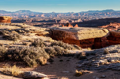 Остров национальныйа парк Canyonlands дороги оправы зоны Whitecrack белый в небе Юте Стоковые Изображения RF