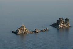 Остров он Katic и Sveta Nedjelja от Petrovac, Черногори Стоковое Изображение