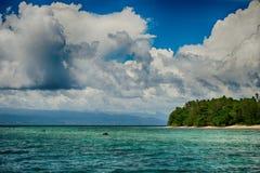 Остров рая бирюзы Siladen тропический Стоковые Фото
