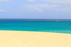 Остров рая в шлюпке Cape Verde sal стоковые изображения