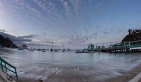 Остров Санты Каталины залива Avalon на сумерк Стоковое Изображение RF