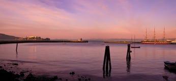 Остров Сан FranciscoAlacatraz и высокорослые корабли Стоковое Фото