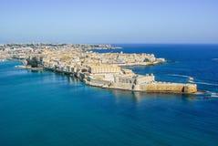 Остров Сиракуза Сицилии старый Ortigia городка береговой линии Стоковое фото RF
