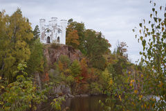 Остров умерших и часовня Ludwigstein в Monrepos Стоковые Фотографии RF