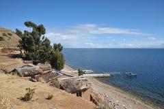 Остров луны расположен на озере Titicaca Стоковая Фотография RF