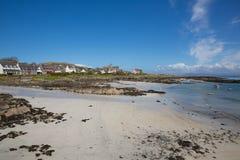 Остров Шотландии Великобритании пляжа Iona шотландский с острова западного побережья Mull взгляда Шотландии панорамного Стоковое Фото