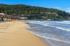 Остров Эльбы - пляжа Biodola Ла Стоковое Фото