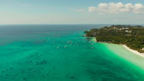 Остров Boracay с белым песчаным пляжем, Филиппинами видеоматериал