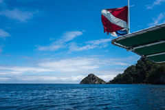 Остров Cocos подныривания стоковые изображения