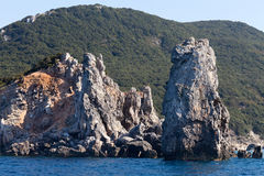 Остров Giglio - Faraglioni Delle Scole Стоковое фото RF