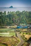 Остров Jeju, КОРЕЯ - 12-ое ноября: Турист посетил Sanbanggul Стоковая Фотография RF