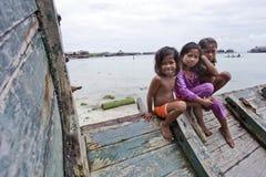 ОСТРОВ MABUL, МАЛАЙЗИЯ 23-ье сентября: Неопознанное море Bajau c Стоковые Изображения RF