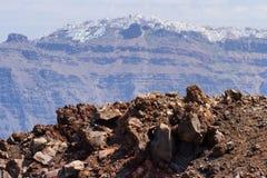 Остров Nea Kameni вулканический, Santorini стоковые фото