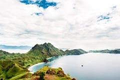 Остров Padar, национальный парк Komodo в восточном Nusa Tenggara, Индонезии Стоковая Фотография