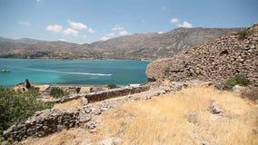 Остров Spinalonga в ориентир ориентире Крита Греции видеоматериал