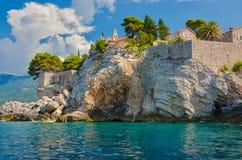 Остров Sveti Stefan в Budva Стоковая Фотография
